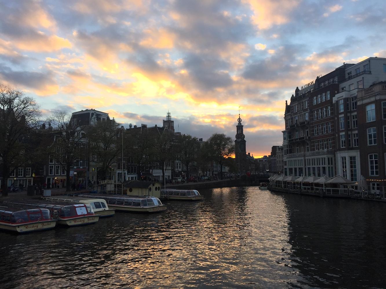 Amsterdam blog Ambasceria Cult