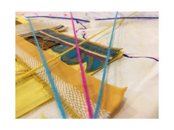 Arteterapia nel laboratorio di arte tessile Profili d'istanti - Susanna Tamaro il 26 settembre 2020 a Trieste
